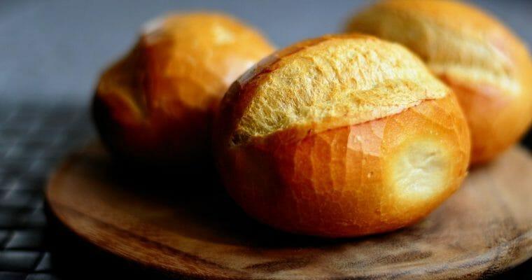 3 Tipps für knusprige Frühstücksbrötchen